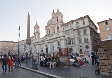 Touristi in Piazza Navona, Rome Stock Afbeelding