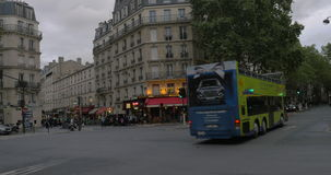 Touristic двухэтажный автобус сток-видео