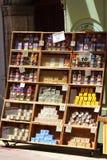 Touristic магазин в славном, Франция мыла Стоковое фото RF