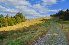 Touristic след в горах в красивом пейзаже Стоковая Фотография