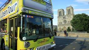Touristic шина в Париже видеоматериал