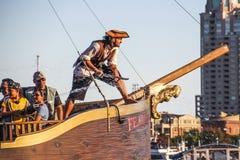 Touristic Baltimore piratkopierar fartyget arkivbilder