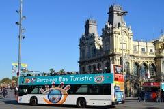 Touristic Barcelona buss Arkivbilder