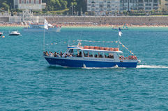 Touristic boat in the ocean Royalty Free Stock Photography