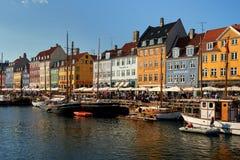 touristic distric nyhavn i huvudstad av Danmark Royaltyfria Foton