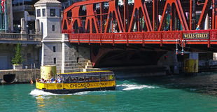 Touristic water taxi in Chicago Royalty Free Stock Images