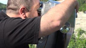 Touristische Ferngläser, Betrachtung, münzenbetrieben stock video footage