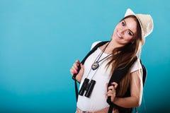 Touristische Frau im Sommerhutporträt Lizenzfreies Stockbild