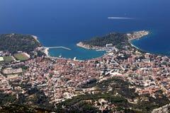 Touristische Stadt Makarska auf adriatischer Küste in Kroatien Stockfoto