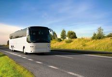 Touristischer Bus Lizenzfreie Stockfotografie