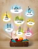 Touristischer Koffer mit berühmten Marksteinen auf der ganzen Welt Lizenzfreies Stockfoto
