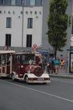 Touristischer Zug Galways stockbilder