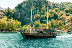 Touristisches Schiff, Exkursion zum Ägäischen Meer Lizenzfreies Stockbild