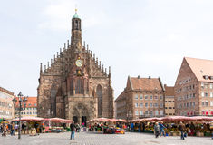 Tourists At The Hauptmarkt In Nuremberg Royalty Free Stock Images