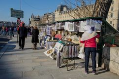 Tourists and Bouquinistes Stock Image