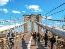 Tourists at Brooklyn bridge Stock Photography