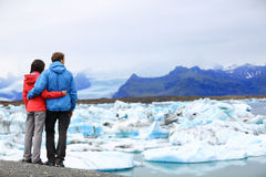 Tourists couple romantic on Iceland Jokulsarlon Stock Images