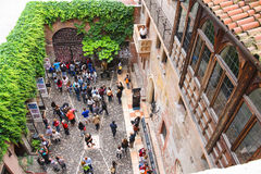 Tourists in the courtyard of Juliet's house. Verona, Italy Stock Photography