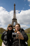 Tourists at the Eiffel tower Royalty Free Stock Photography