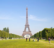 Tourists at the Eiffel Tower in Paris Royalty Free Stock Photography