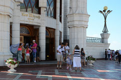 Tourists at the entrance of the Kul Sharif mosque in Kazan Kreml Royalty Free Stock Photography