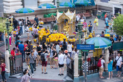 Tourists at Erawan Shrine (Phra Phrom), Ratchaprasong Junction,B Royalty Free Stock Images