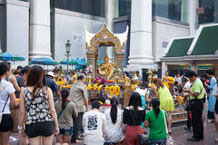 Tourists at Erawan Shrine (Phra Phrom), Ratchaprasong Junction,B Royalty Free Stock Photography