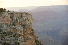 Tourists at Grand Canyon overlook, South Rim Royalty Free Stock Photos