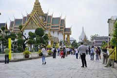 Tourists at grand Palace Royalty Free Stock Photography