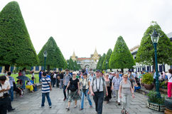 Tourists at Grand Palace, Bangkok Royalty Free Stock Photos