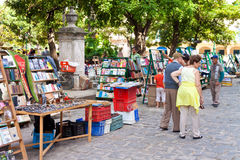 Tourists at a Havana street market Royalty Free Stock Image