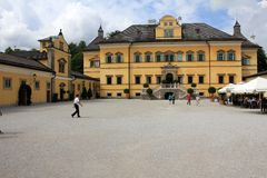 Tourists at Hellbrunn Palace Royalty Free Stock Images
