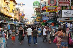 Tourists on Khao San Road in Bangkok Royalty Free Stock Photography