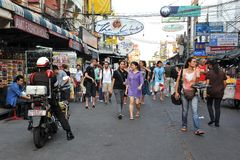 Tourists on Khao San Road in Bangkok Royalty Free Stock Images