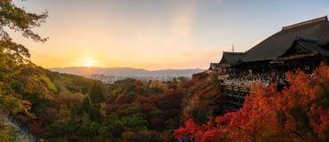 Tourists at Kiyomizu Dera temple in Kyoto, Japan Royalty Free Stock Photos