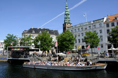 TOURISTS ND SHOPPERS IN COPENHAGEN DENMARK Royalty Free Stock Image