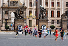 Tourists at Prague castle Royalty Free Stock Image