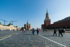 Tourists on Red Square. St. Basils cathedral (center) Royalty Free Stock Photo