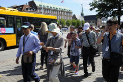 TOURISTS AND SHOPPERS IN COPENHAGEN DENMARK Stock Image