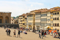 Tourists on a sloping square before the Palace Pitti Stock Photos