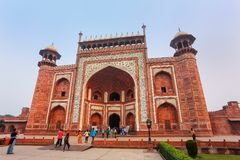 Tourists standing near Darwaza-i-Rauza Great Gate in Chowk-i J Stock Photography