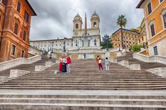 Tourists taking pictures on the Spanish Steps of Piazza di Spagna stock photography