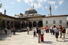 Tourists in Topkapi Palace, Istanbul Royalty Free Stock Photography