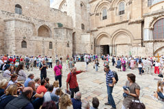 Tourists and tour guide at Church of the holy Sepulchre Stock Photos