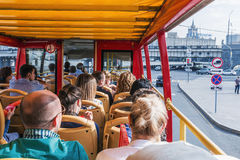 Tourists and townspeople excursions in Moscow on a double Decker Royalty Free Stock Photos