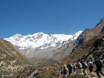Tourists trekking in Annapurna Region Royalty Free Stock Photography