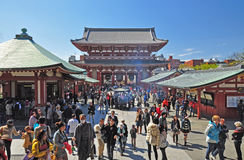 Tourists visit Sensoji temple Royalty Free Stock Images
