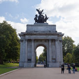 Tourists at the Wellington Arch Stock Image