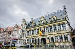 Tournai-Häuser, Belgien lizenzfreie stockbilder