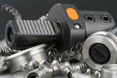 Tournez le micromètre à vis d'outil et photographie stock